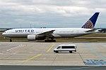 United Airlines, N224UA, Boeing 777-222 ER (40105254982).jpg