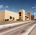 University of Texas at Arlington's Fine Arts building (10015328).jpg