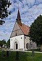 Västergarns kyrka renoverad 2016.jpg