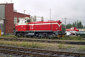 VR Class Dv12 - VR class Dv12 diesel-hydraulic locomotive at Tampere Perkiö depot. In the background VR class Dr14
