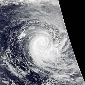 1991–92 South Pacific cyclone season - Image: Val Dec 9 1991 0257Z