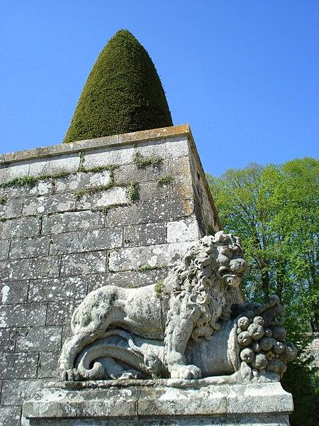 File:Vaux le Vicomte (1343023342).jpg