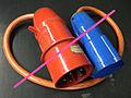 Verbotene Adapterleitung CEE 32A - 16A 2012 01 31.jpg