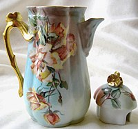 Verseuse porcelaine de Limoges.jpg