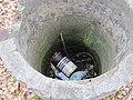 Vervuilde waterput (30697724240).jpg