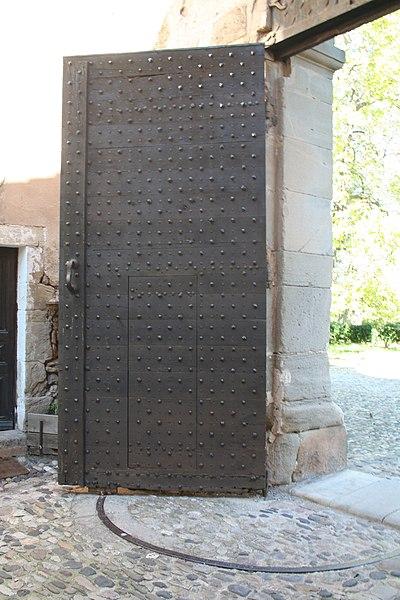 Villeneuvette (Hérault) - Porte de l'entrée principale.