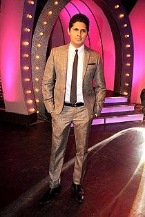 Vishal Malhotra graces the finale of UTV Stars 'Lux The Chosen One' 10.jpg