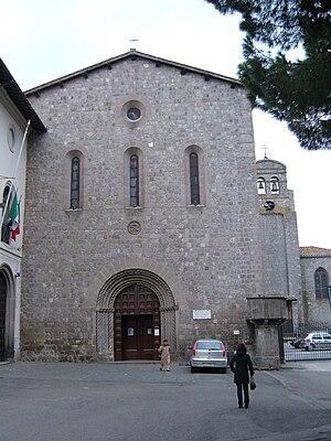 San Francesco, Viterbo - Romanesque façade of San Francesco