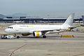 Vueling, EC-JYX, Airbus A320-214 (15836823693).jpg