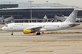 Vueling, EC-KKT, Airbus A320-214 (15834363804).jpg