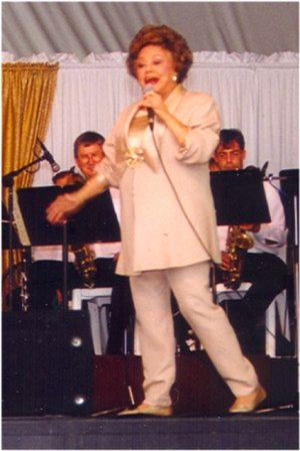 Kay Starr - Kay Starr on stage