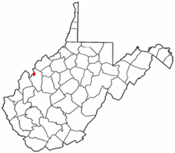 Location of Ravenswood, West Virginia