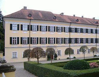House of Oettingen-Wallerstein - Image: Wallerstein Schloss