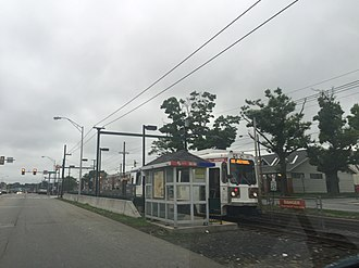 Walnut Street station (SEPTA) - Another view of the station with the 101 trolley.