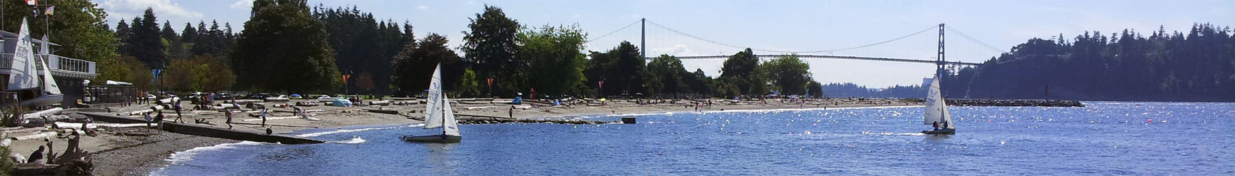 Ambleside Beach with the Lions Gate Bridge