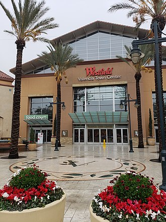 Westfield Valencia Town Center - Entrance of the Westfield Valencia Town Center in 2019
