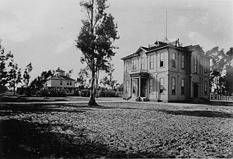 University of Southern California - The Widney Alumni House, the campus's first building