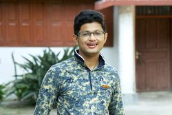 Wikipedian Sandeep Raut during Wiki Loves Village Campaign.png