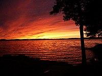 Winnipesaukee Sunset 8-28-2002 (JJH).jpg