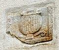 Wolfsberg Graebern Filialkirche hll Philippus und Jakobus Grabbaurelief Kantharosdarstellung 03092014 029.jpg