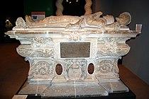 XDSC 7539-Musee-d-Aquitaine-cenotaphe de Montaigne.jpg