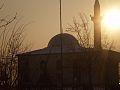 Xhamia e Kukesit ne perendim te diellit.jpg