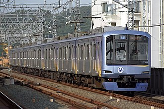 Minatomirai Line - Image: Yokohama Minatomirai Y500