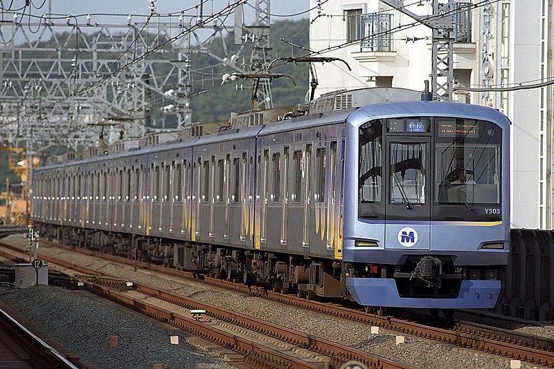 File:Yokohama-Minatomirai-Y500.jpg
