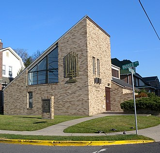 Fort Lee, New Jersey - Young Israel Synagogue