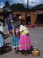 Zacapa-10-Markt-Frau mit Tochter-1980-gje.jpg
