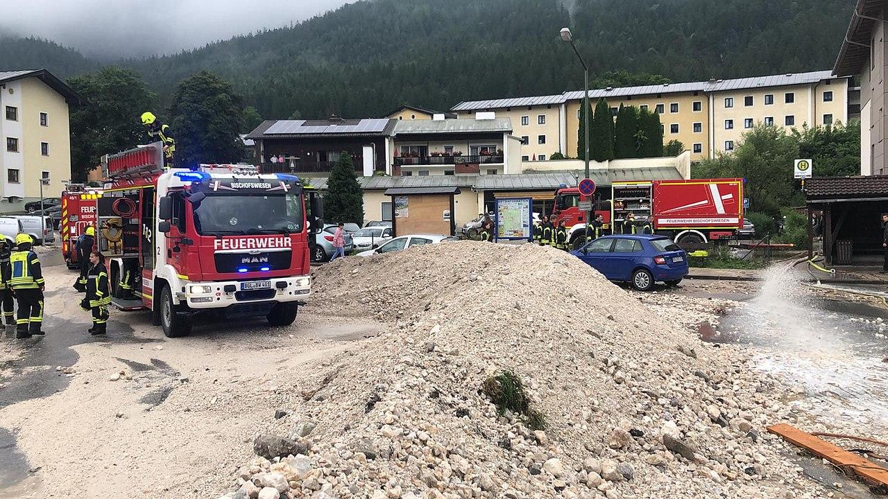 Zerstörungen durch die Überschwemmungen 2021 in Winkl (Bischofswiesen).jpg