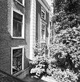 Zicht op de voorgevel, nummer 7F, voor restauratie - 's-Gravenhage - 20357777 - RCE.jpg