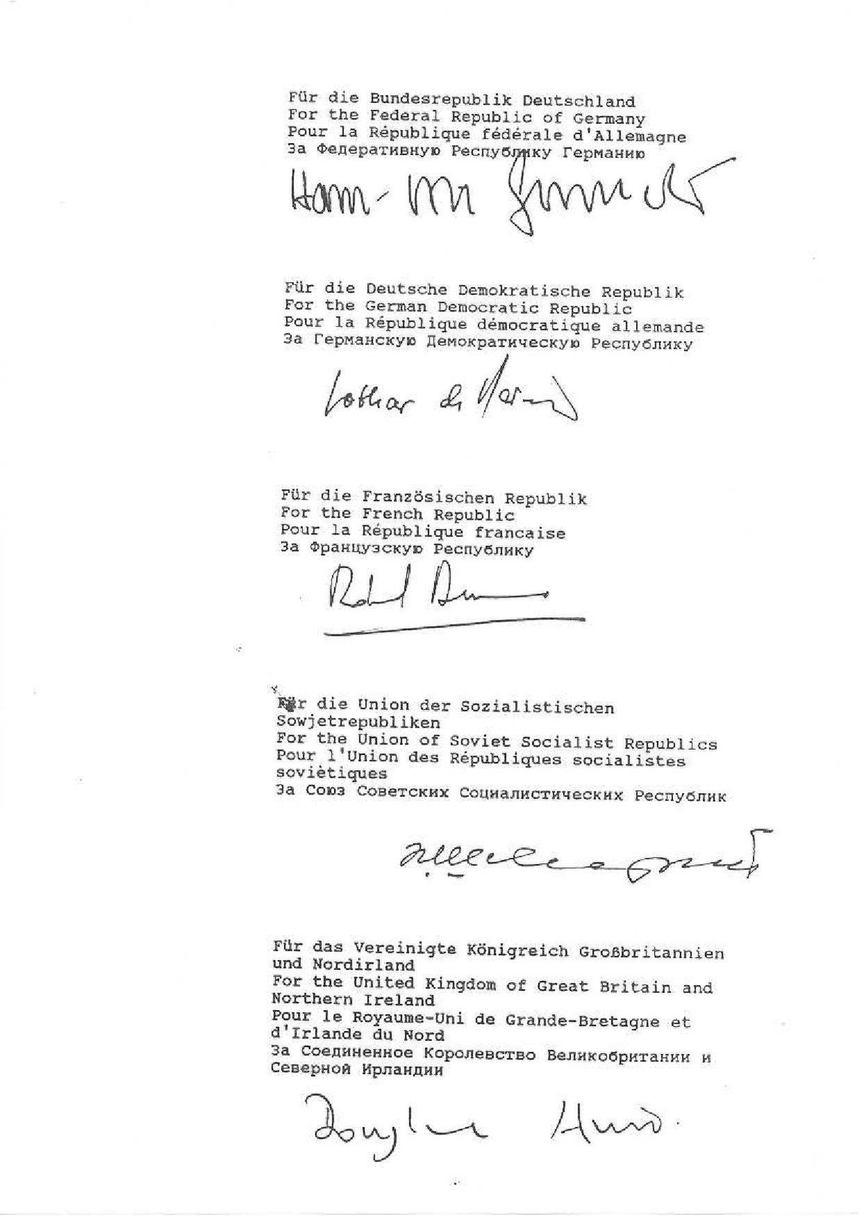 File:Signature2 Zwei plus Vier Vertrag.JPG - Wikimedia Commons