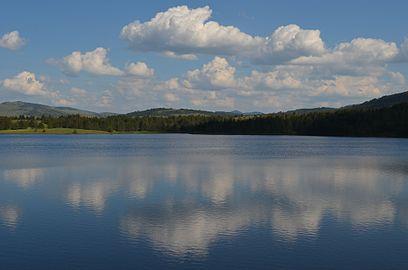 Рибничко језеро.jpg