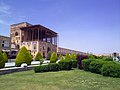 شهر تاریخی اصفهان - عمارت عالی قاپو در میدان نقش جهان 27.jpg
