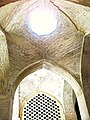 مسجدجامع اصفهان-2-نورگیر سقف طاق 4بخشی ازدالان ورودی از سمت بازار اصفهان.jpg
