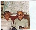 №523+ Виктор Некрасов и Булат Окуджава в кабинете ВПН, Ванв, 22.11.1981.jpg
