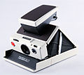 0188 Polaroid SX-70 Model 2 White (5141856950).jpg