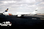 124aa - Scandinavian Airlines Boeing 767-383ER, OY-KDL@EWR,14.03.2001 - Flickr - Aero Icarus.jpg