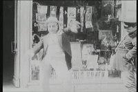 File:1916 Лысый влюблен в танцовщицу.webm