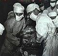 1968-08 1968年3月23日 113师卫生科在张秋菊手术中取出90多斤肿瘤.jpg