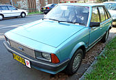 1981-1983 Ford Laser (KA) GL 5-door hatchback 02.jpg