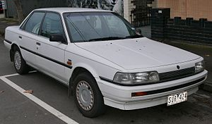 Holden Apollo - Image: 1989 Holden Apollo (JK) SLE sedan (2015 07 06) 01