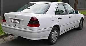 Mercedes benz c class wikivisually mercedes benz c class w202 facelift c 180 classic sedan fandeluxe Choice Image