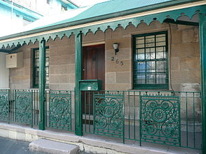 Victoria Street, East Sydney - Single-storey sandstone cottage