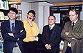 2001-11 tri oficistoj.jpg