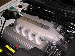 Mécanique automobile/Vérification du niveau d'huile moteur ...