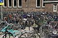 2010.07.20.155203 Fahrräder Bahnhof Maastricht.jpg