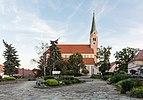 2016 Kościół św. Jakuba Apostoła w Sobótce 4.jpg