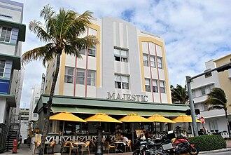 Miami Beach Architectural District - Image: 3) Majestic (1940)
